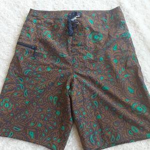 Patagonia mens size 28 board shorts swim suit